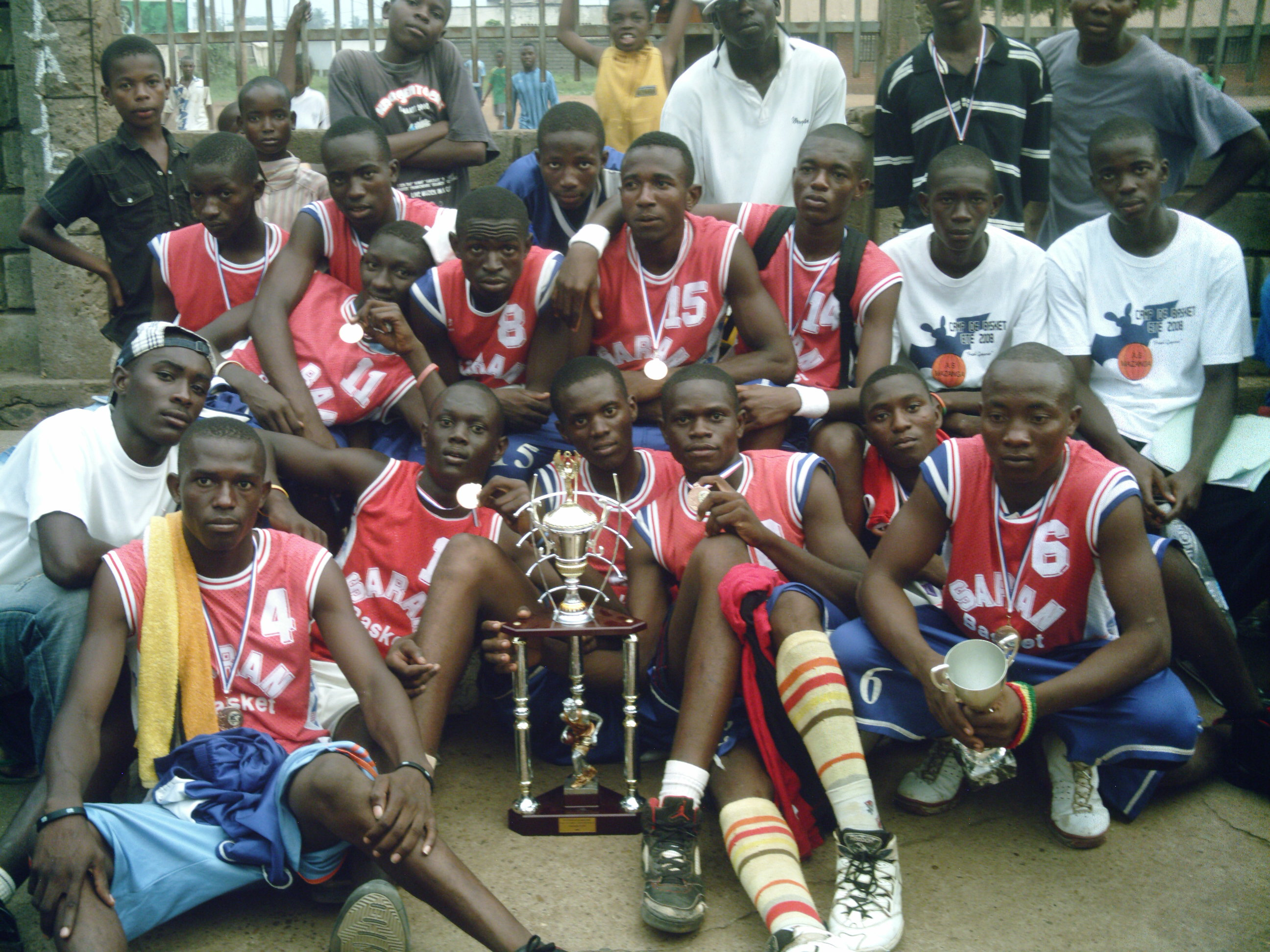 Les jeunes de l'AS.Mazanga,vainqueurs de la coupe de CHECY
