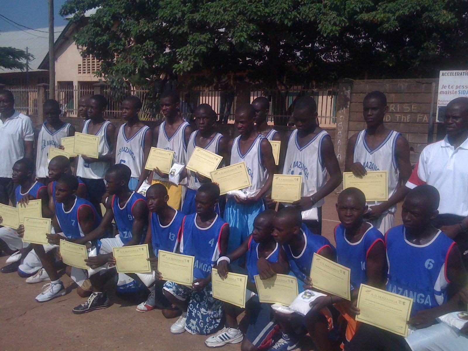 Camp de basketball par Fred Goporo et l'A.S.Mazanga